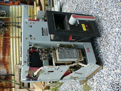 GE 3200A Air Circuit Breaker CAT# AKR-10D-75 M/O D/O